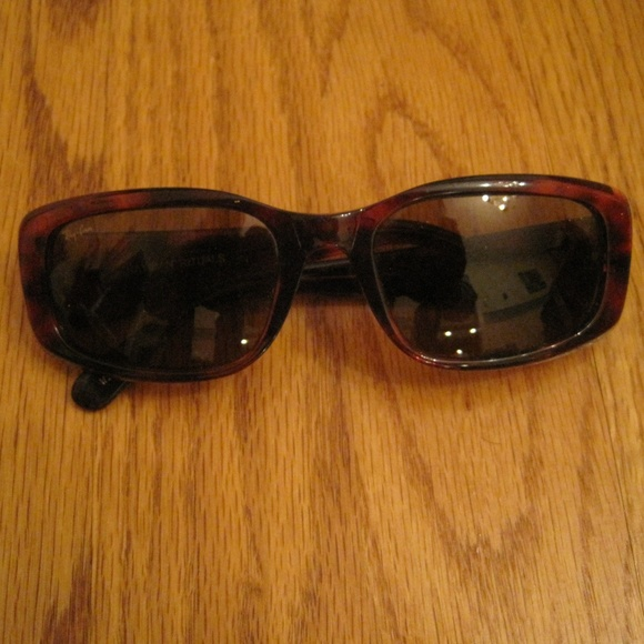 617263733e7 Vintage Ray Ban Tortoise Shell Glasses with Case. M 5a96d94884b5cee12c09d648